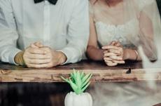 既婚者に聞く「結婚相手に求める条件」は?